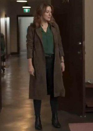 Dangerous Lies Sasha Alexander Detective Chesler Coat