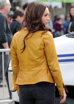 Megan Fox Ninja Turtles April O Neil Yellow Leather Jacket
